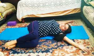 Lying spinal twist is a kriya for the prevention from the high blood sugar